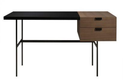 Tanis Desk