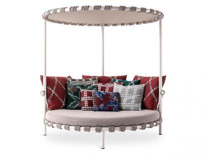 561 Trampoline Love Bed