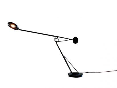 Aaro Table Lamp