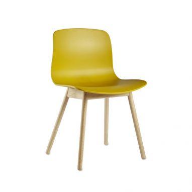 AAC 12 Chair Hay