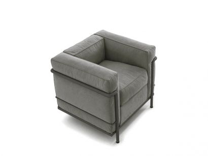 Cassina - LC2 Armchair Mud Frame / Leather 13X334