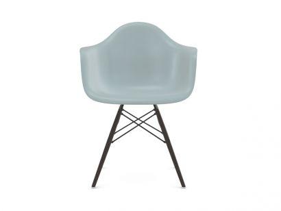 Eames Plastic Armchair DAW - Black Maple Legs