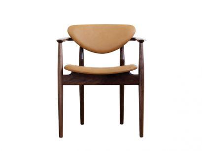 109 Chaise