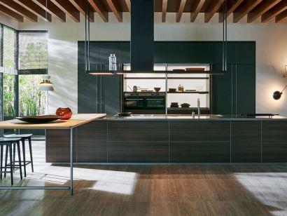 Hi-Line 6 Frame Door Kitchen
