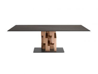 Kighi Table