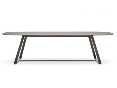 Kolonaki Table