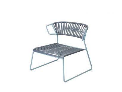 Lisa Lounge Club Sled Chair