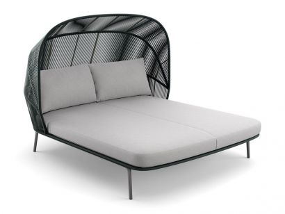 Rilly Cocoon Daybed Dedon by Gamfratesi