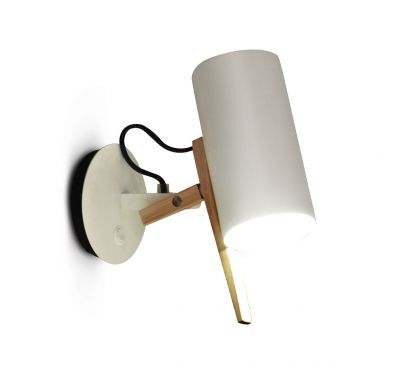 Scantling A Wall Lamp