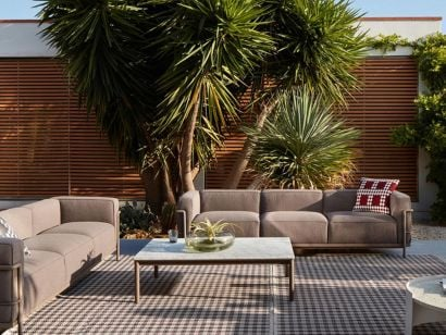 061 Carpet Outdoor Spider by Cassina
