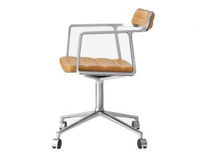 Vipp452 Swivel Chair With Castors