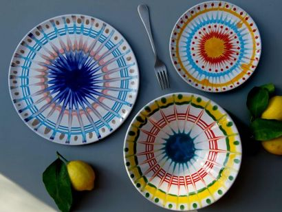 DEC2- Set Of 3 Plates