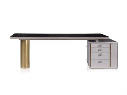 Verba Volant Desk