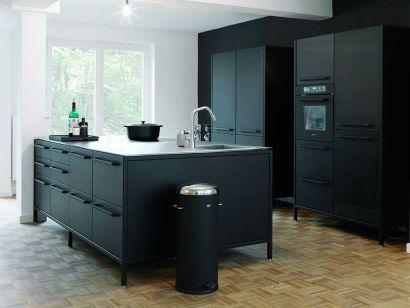 Vipp Kitchen - Island + Tall Modules
