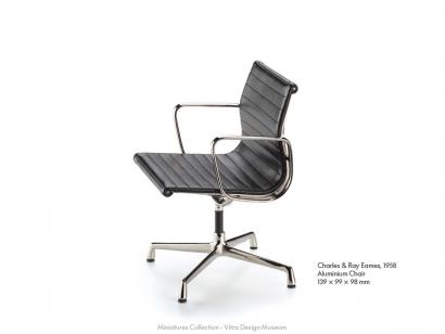 Aluminium Chair - Miniatures De Collection