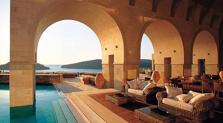 Modern furniture design magazine design thy name is for Design hotel kreta