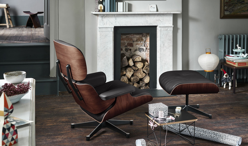 Eames Loung Chair by Vitra